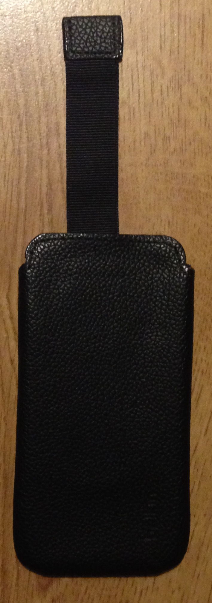 belkin iphone 5/5s leather pouch