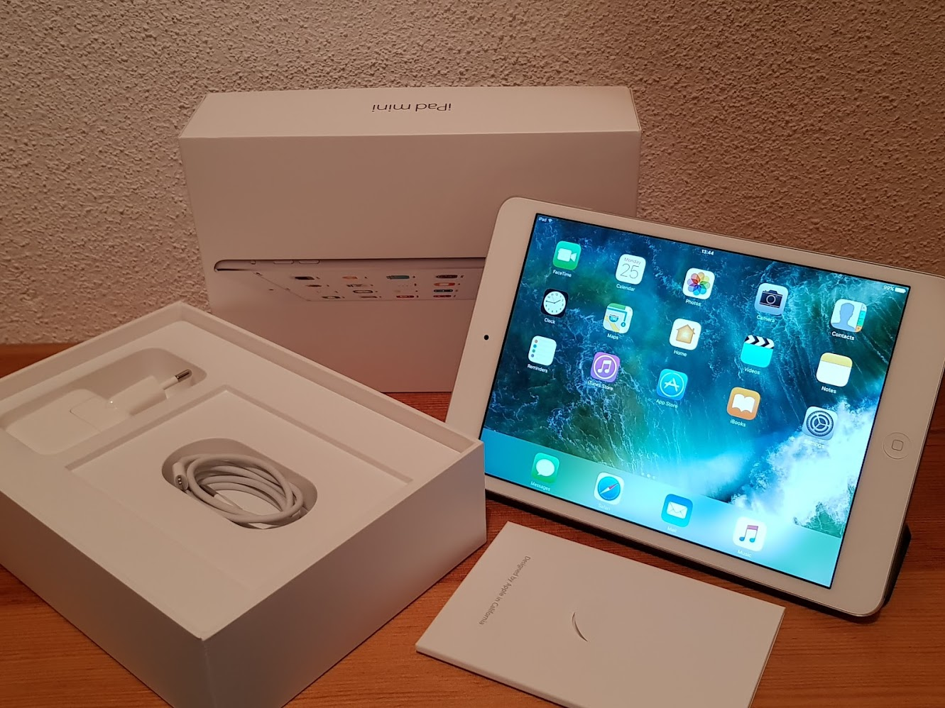 IPad Mini 2, Retina, 32Gb, Wifi. IOS 10.3. Caixa.